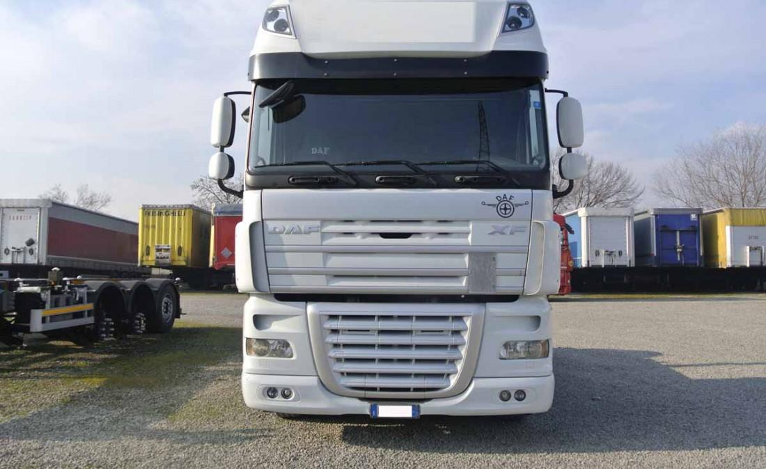 daf_xf_105_460_usato_trattore_stradale_1