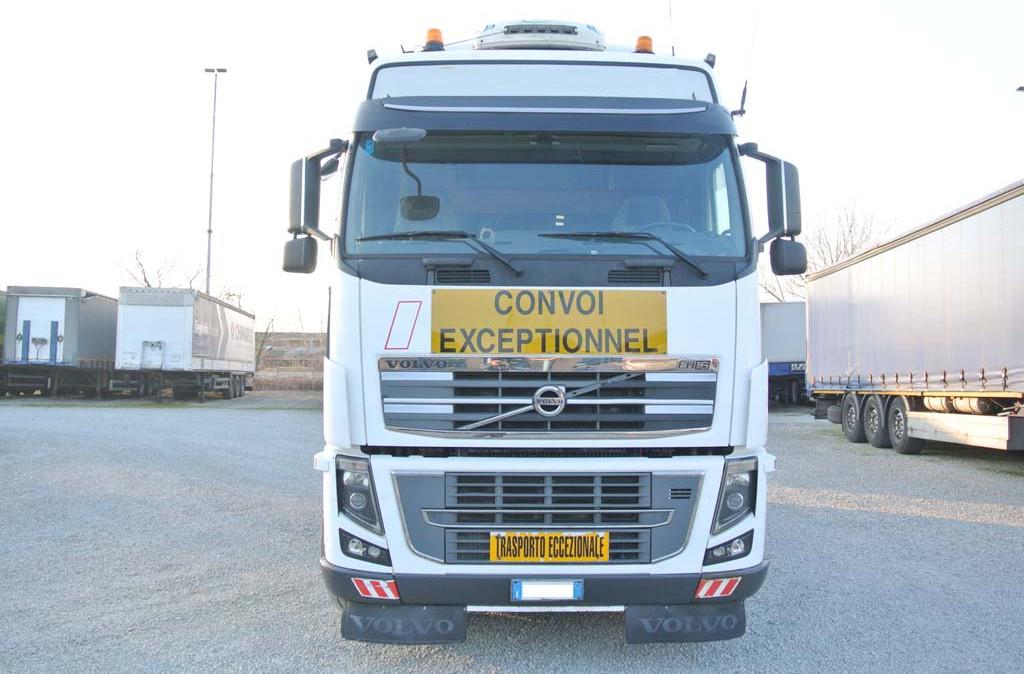 trattore_eccezionale_8x4_volvo_fh16_660_usato_2
