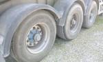 semirimorchio_menci_vasca_ribaltabile_alluminio_32m cubi_usata_pneus