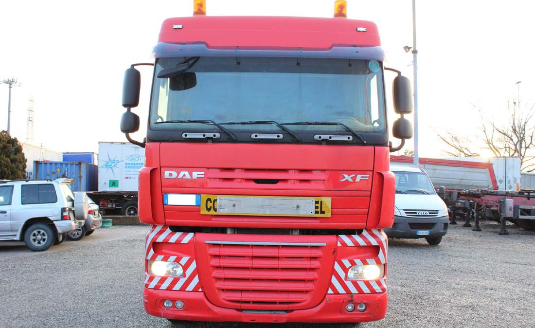 daf_xf_105_510_trattore _6x2_eccezionale_3assi_usato_2