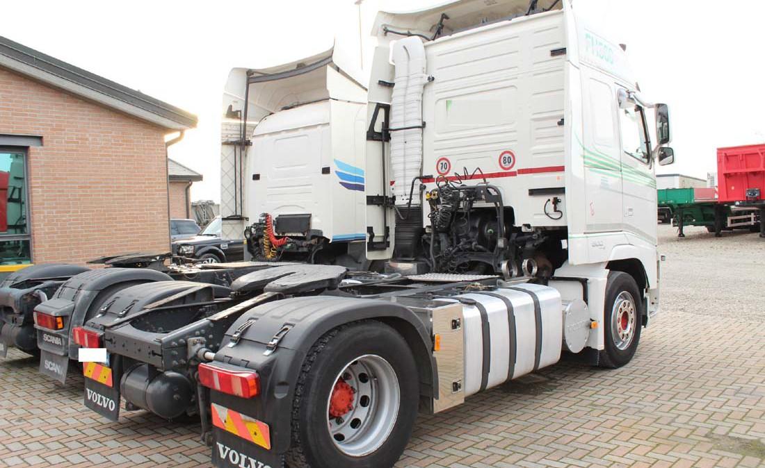 Volvo_FH12_500_ADR_trattore_stradale_usato_2
