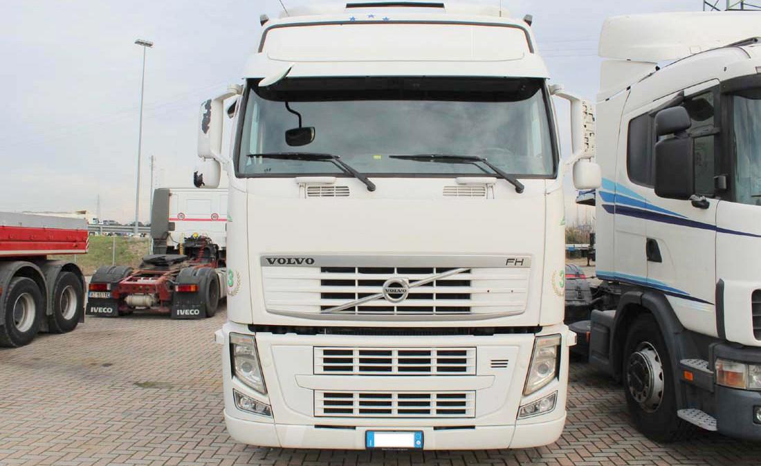 Volvo_FH12_500_ADR_trattore_stradale_usato_3