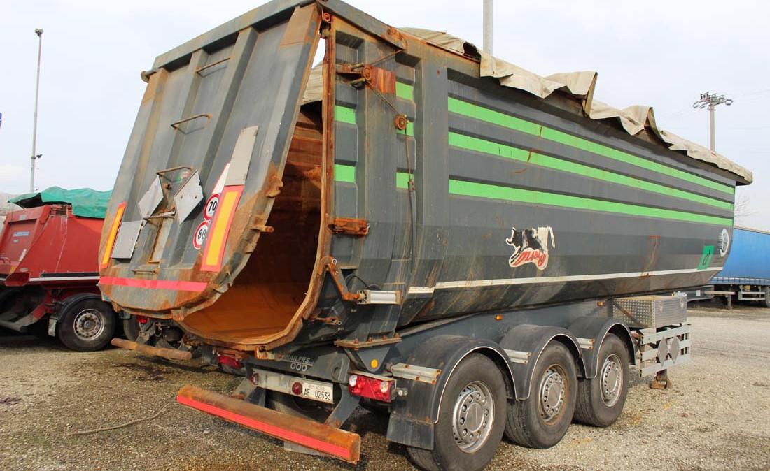 semirimorchio_vasca_ribaltabile_45m_cubi_cargotrailer_usata_2