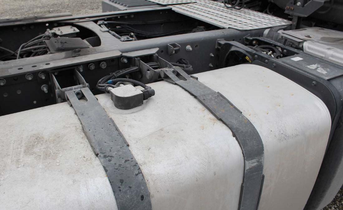 renault_premium_460_dxi_trattore_stradale_usato_ADR_3