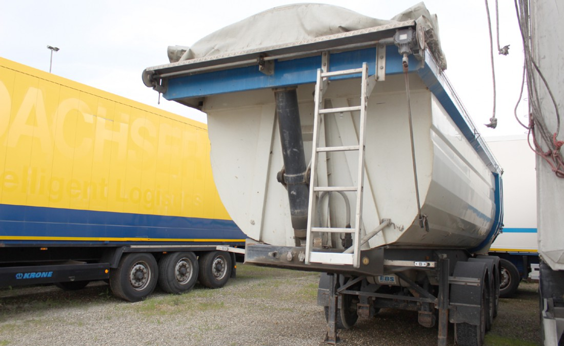 semirimorchio_ribaltabile_vasca_27m3_cargotrailer_usato_&