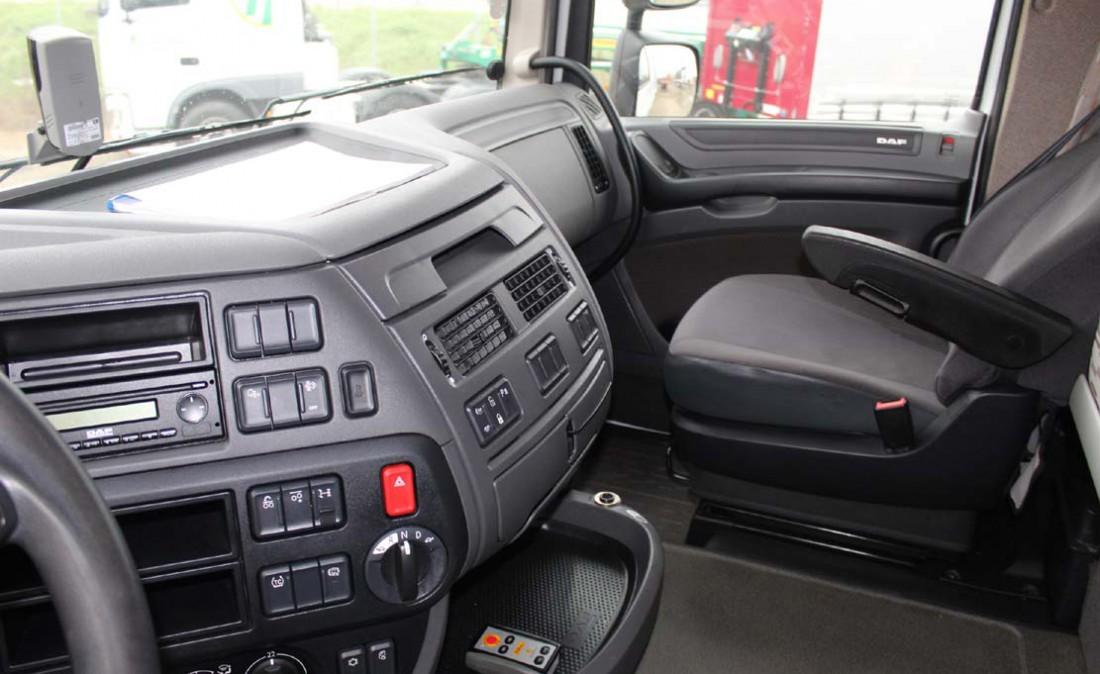 trattore_stradale_daf_xf_105_460_3_assi_usato_6