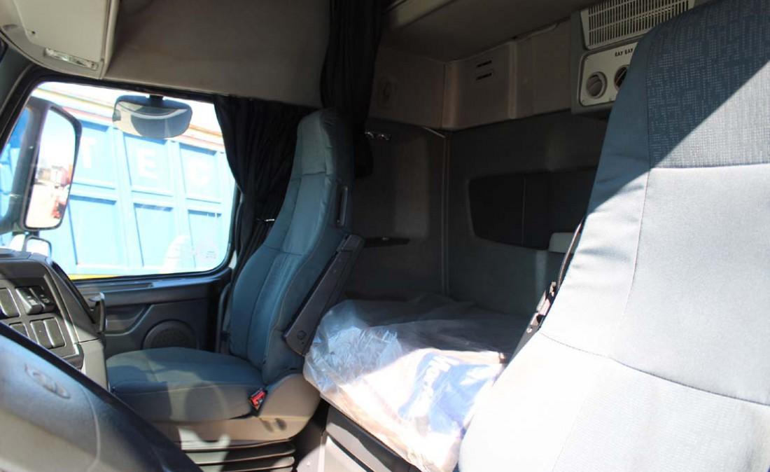 trattore stradale 3 assi volvo fh 480 6 x 2 usato_6